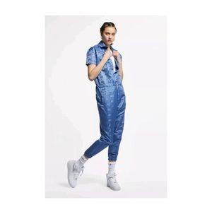 NIKE AIR JUMPSUIT / OVERALLS SMALL BUTTON-UP RARE